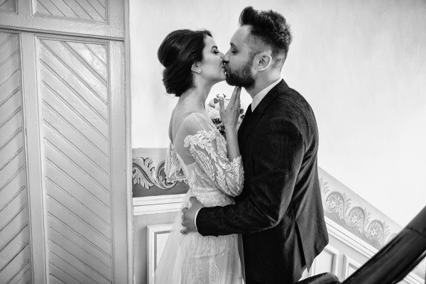 Corina & Claudiu – Beautiful  spring wedding!