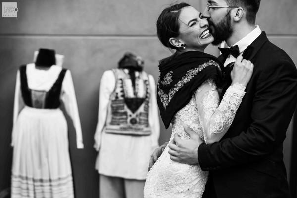 Laura si Bogdan – Love the dress in Sighisoara
